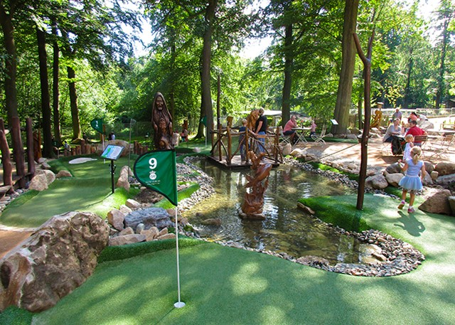 Hexengolf Adventure Golf overview