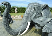Elephant fountain at Jambo adventure golf