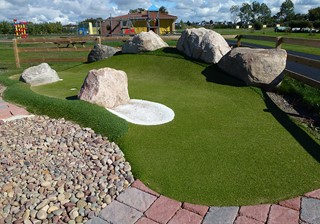 Corner golf hole at Skrea