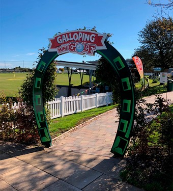 Entrance to Galloping Mini Golf