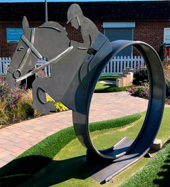Adventure Golf loop with horse theme