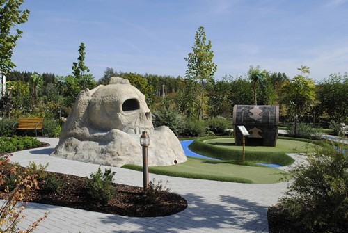 Legoland Adventure Golf Scull 2